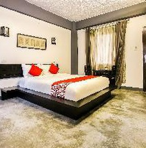 OYO 217 T-ara Hotel