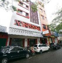 RedDoorz Near Ambon Plaza
