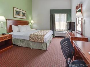 La Quinta by Wyndham Tampa Bay Area-Tampa South