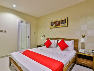 OYO 240 Roshan Gulf Hotel Suites