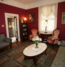 Brackenridge House Bed & Breakfast