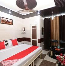 OYO 28476 Jalandhar Guest House