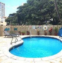 威基基阿瓜阿洛哈衝浪酒店