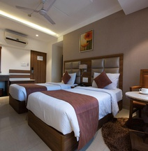 The Ren Hotel - Formerly Known As Lily Sarovar