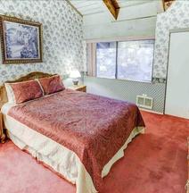 Mammoth Ski & Racquet Club #4 1 Bedroom 2 Bathrooms Condo