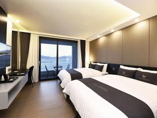 Yeosu Expo Utop Marina Hotel & Resort