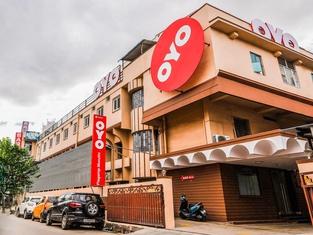 OYO Flagship 36422 Hotel Maruthi