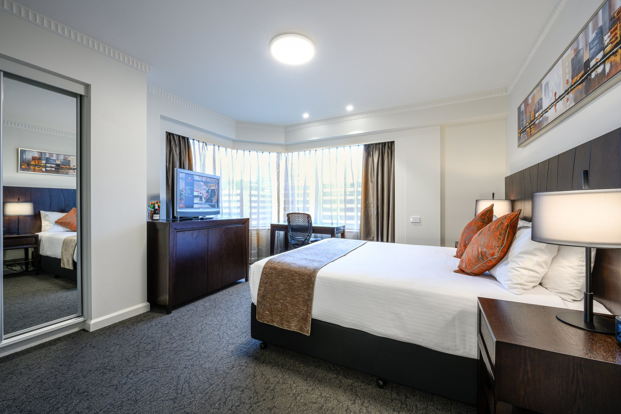 Hotel Grand Chancellor Adelaide ...