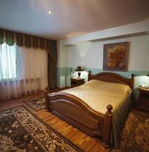 Derzhavinskaya Hotel