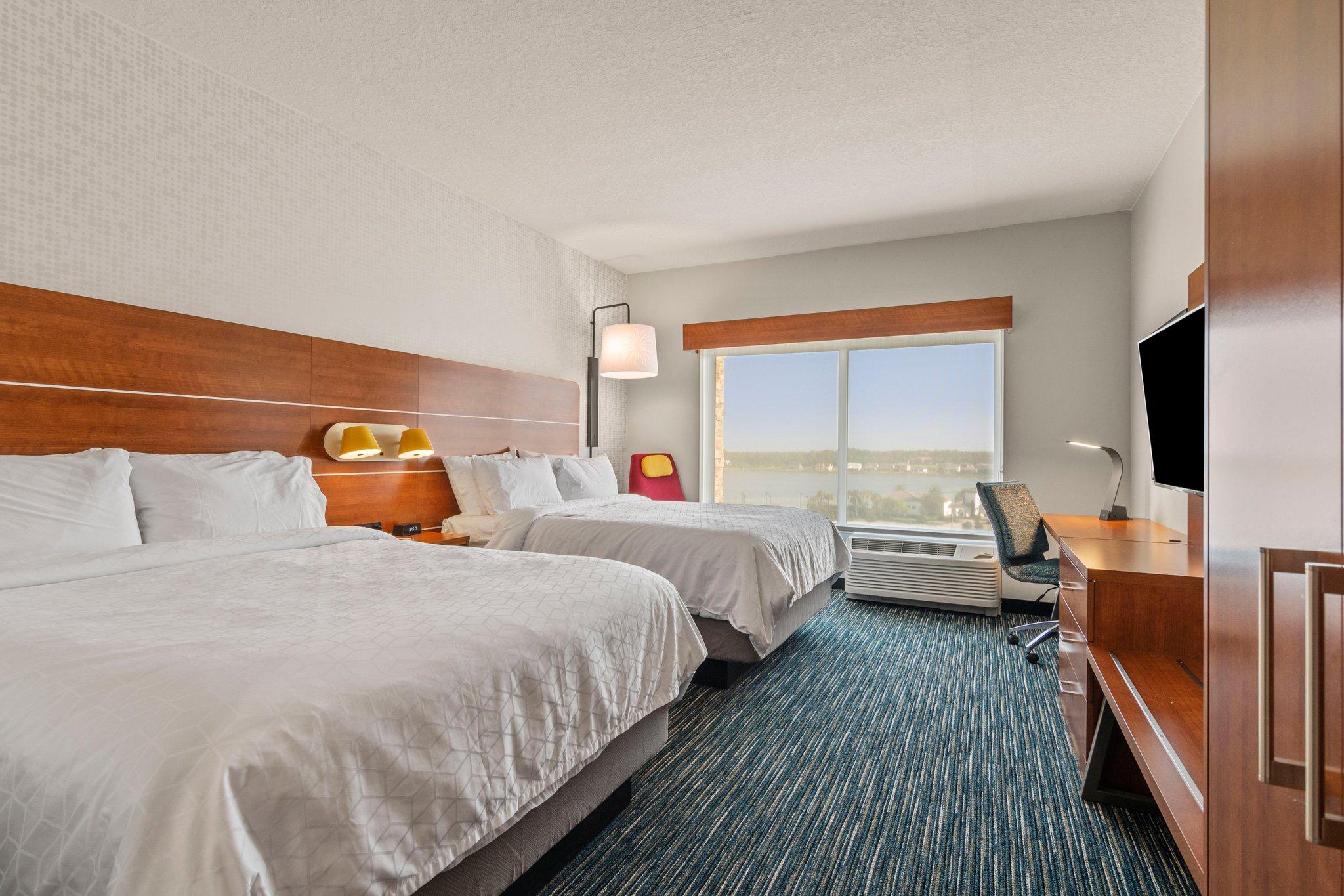 Holiday Inn Express & Suites Orlando - Lake Buena Vista