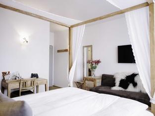 艾加古斯米登酒店