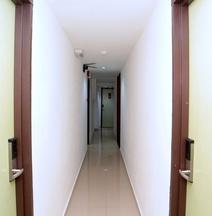 OYO44054假日大廈旅館