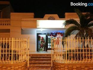 Hotel Alejandro's