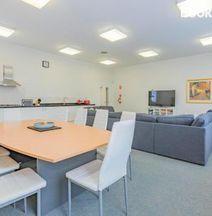 4 Bedroom House - Hobart CBD - Free Parking