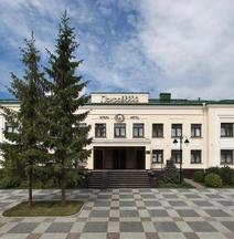 ポクロフスキー ホテル