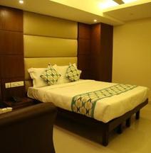 Hotel Santhi Bhavan