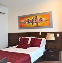 Hotel Ucla Center