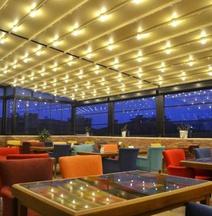 薩姆松卡普里斯飯店
