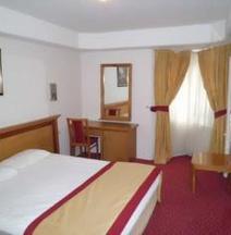 Piskin Hotel