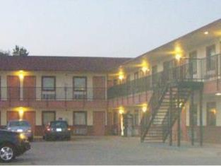Pawnee Inn