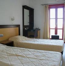 Aposperides Hotel