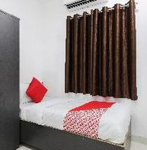 Oyo 41398 Hotel Adinath