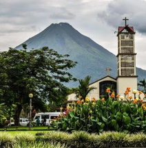 Hotel FAS in Arenal Volcano