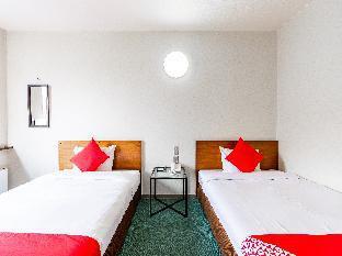 OYO 44286 Hotel Sharoum Inn