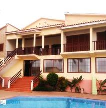 Passadeira Beach Guesthouse