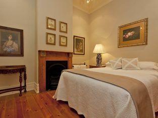 Rose Cottage - Historic Luxury