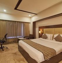 The Grand Thakar Hotel