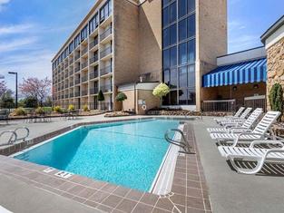 Comfort Inn & Suites Near Danville Mall