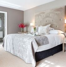 Gleesons Townhouse Booterstown