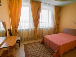Hotel Complex Lotos