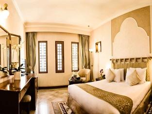 Parsian Safaiyeh Hotel in Yazd