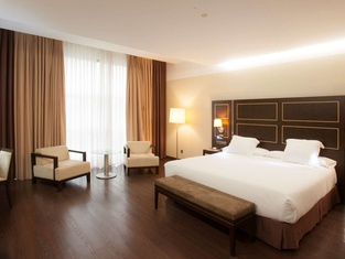 NH グラン ホテル カジノ エクストレマドゥーラ