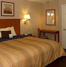Candlewood Suites LA Crosse