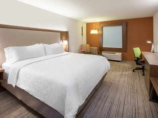 Holiday Inn Express And Suites Eau Claire West I-94