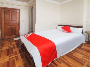 Guangan Fengming Guest House