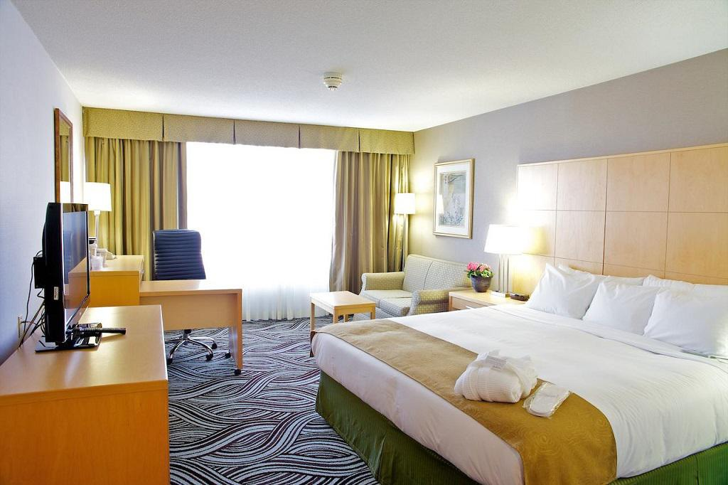 Radisson Hotel Toronto East - Skyscanner Hotels