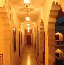 Nana Ki Haveli Hotel