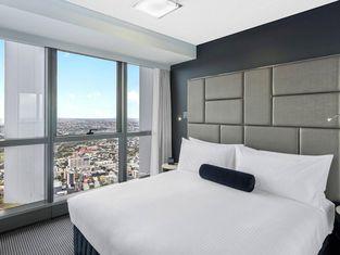 Meriton Suites - Herschel Street, Brisbane