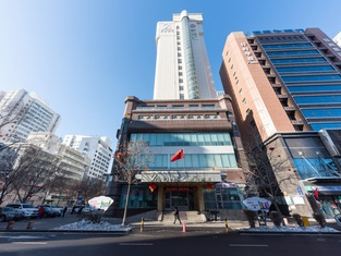 Zhotels (Urumqi People's Square)
