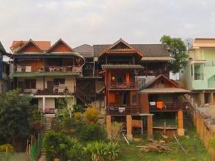 Malee House
