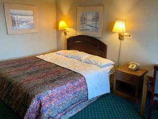 Hotel New Castle IN Hwy 3