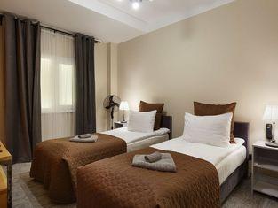 โรงแรมสเตชัน พรีเมียร์ S10
