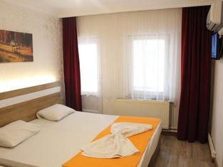 Grand Ece Hotel