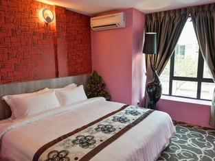 De Champs Hotel