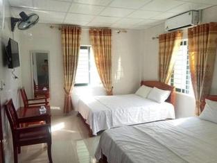 Khách sạn Sen Hồng