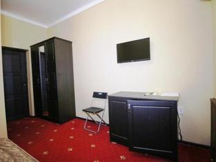 DzhaNat Hotel
